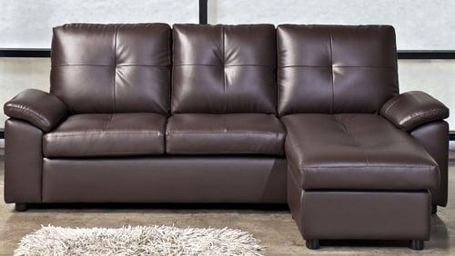 Comment évaluer la qualité du cuir d'un divan?