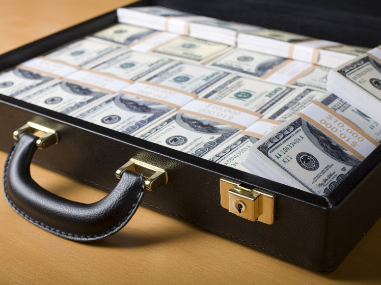 cash_in a briefcase.jpg