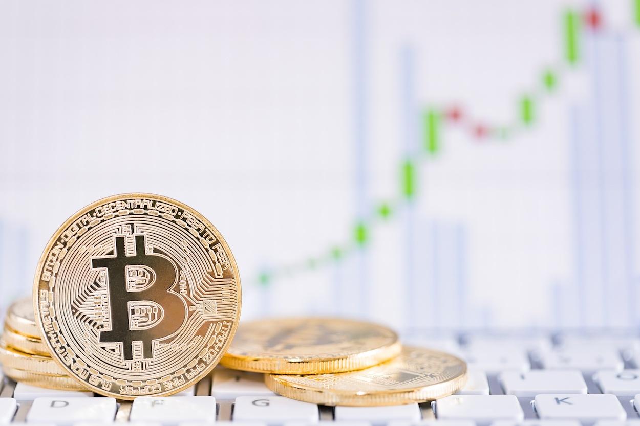 Bitcoin with price chart rx.jpeg