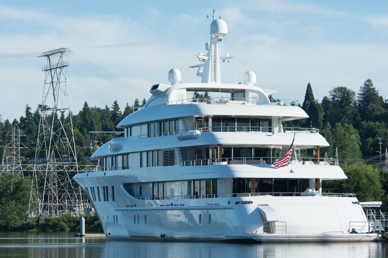 superyacht electric towers rx.jpg