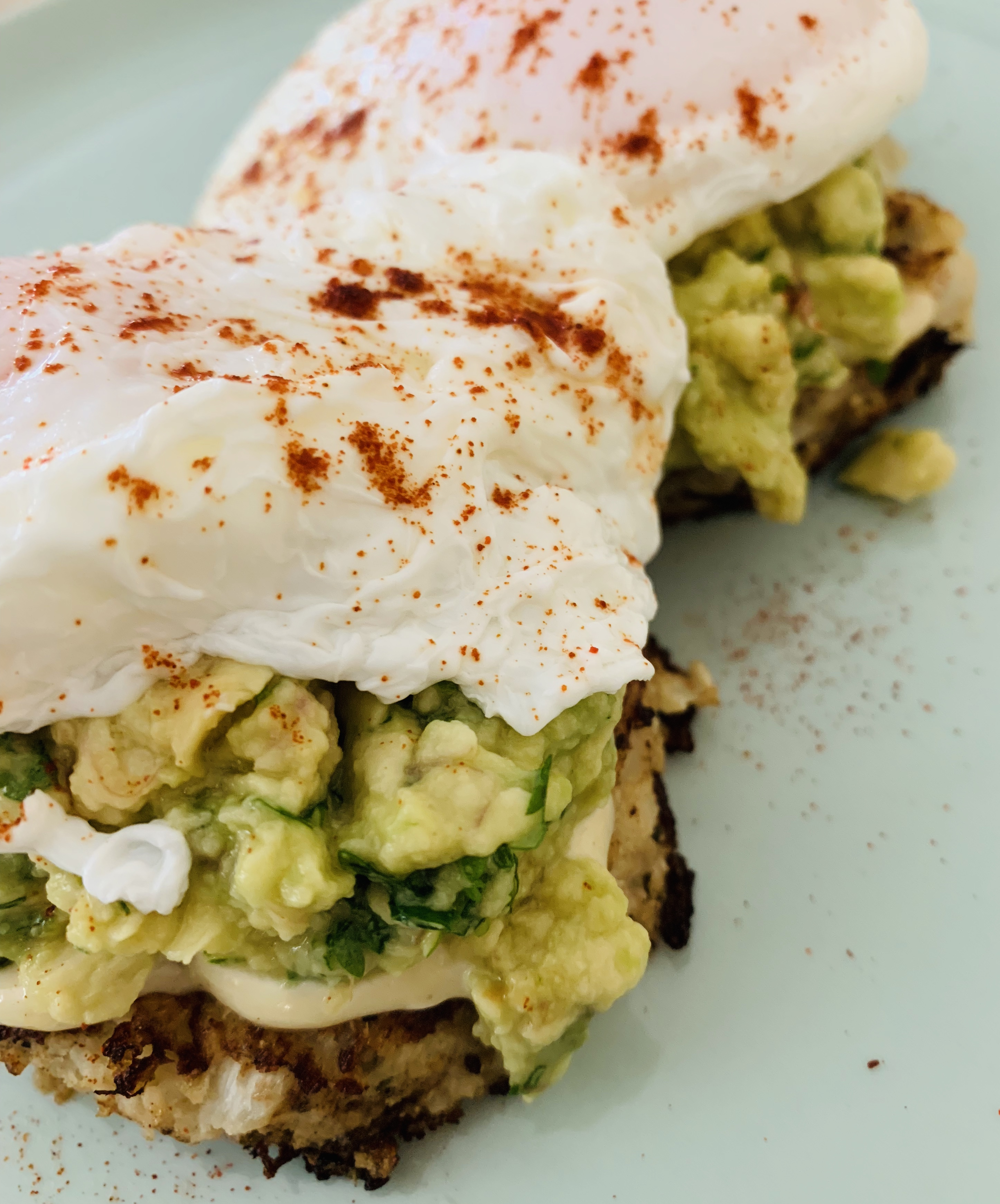 UFIT Recipes: Cauliflower English Muffins, Coriander Smashed Avo, Homemade Mayo and Poached Eggs