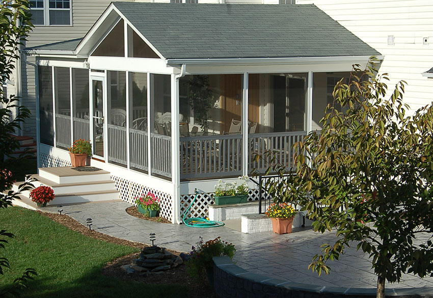 Attractive Screened In Porch In Maryland