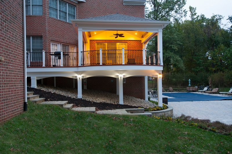 Trusted retractable screen porch contractor install in for Retractable deck screens