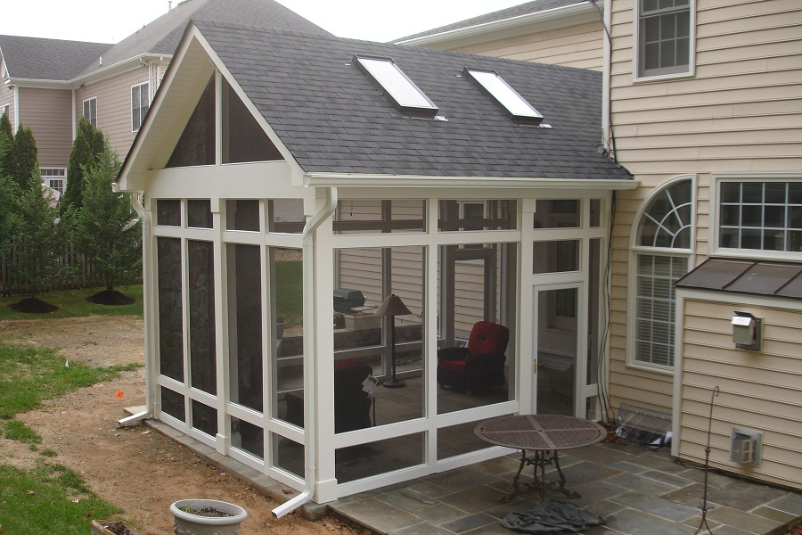 Top 4 things to consider for the pitch of your screened porch 39 s roof - Screen porch roof set ...