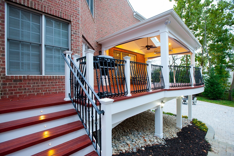 How much does a screened porch cost compared to a deck for Porches prices