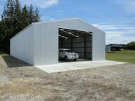 Easy door opening in this shed!