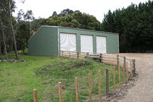 Lifestyle sheds can blend into the NZ scenery with coloursteel
