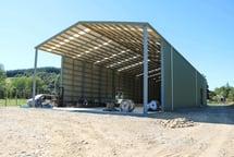 Semi-enclosed hops shed