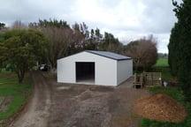 Bird-proof workshop shed