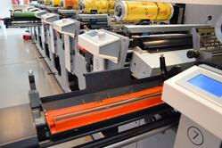 Save time on short-run printing jobs with an open ink system