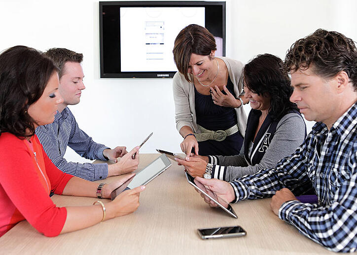 Decos ondersteunt non-profitsector met gratis Minute Premium
