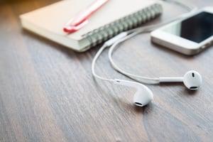 iphone-with-headphones