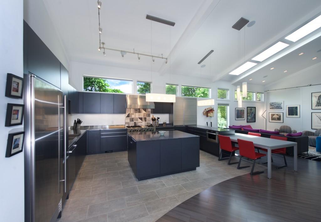 7 Kitchen 1