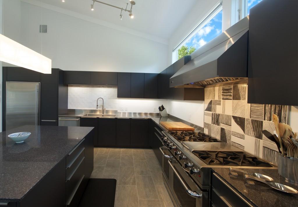 9 Kitchen 3