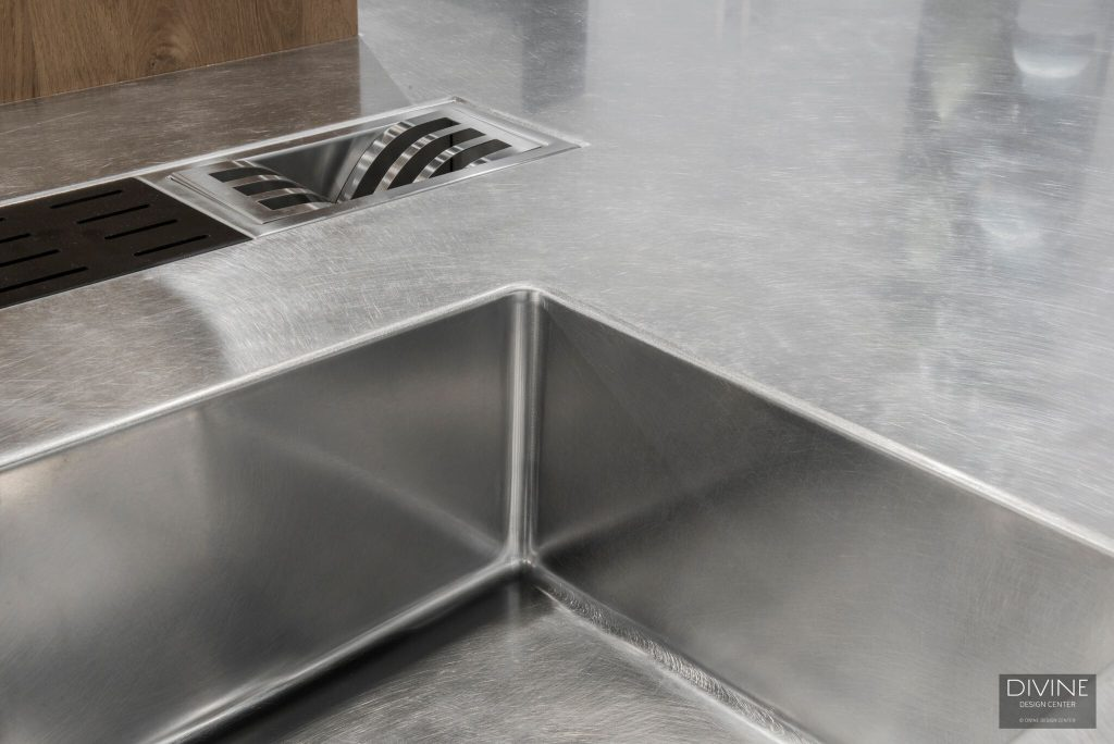 Integrated Stainless Steel Sink And Countertop Combination