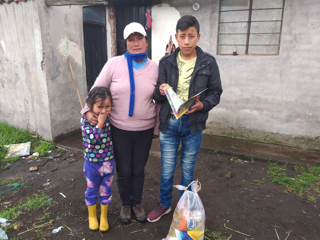 Familia beneficiaria de World Vision Ecuador