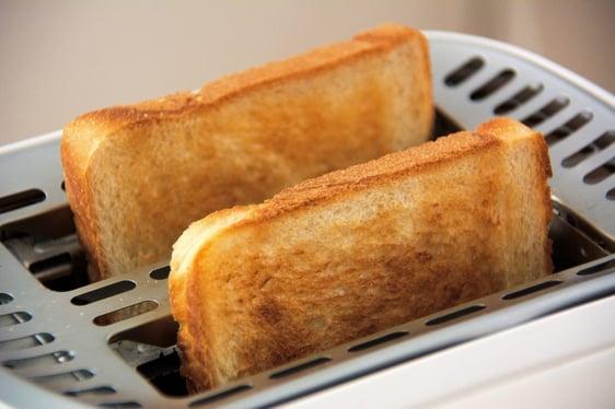 bread-breakfast-eat-33309-492592-edited