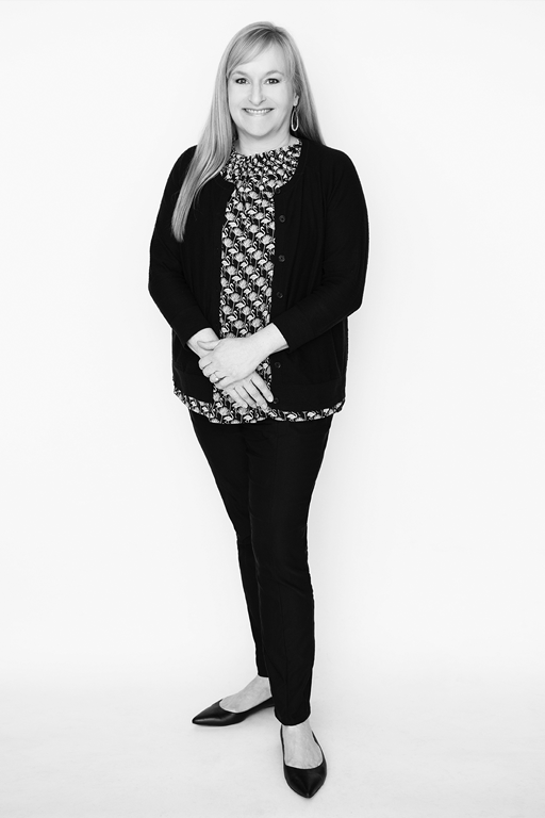 Jennifer Barrall-full-new