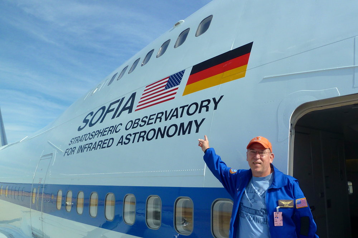 DanBurns-with-NASAplane_resized