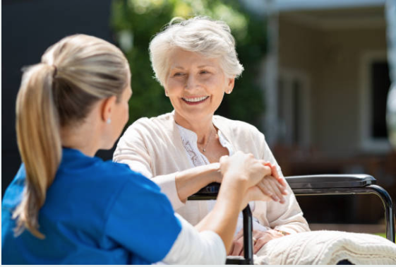 What to Look For in a Senior Rehab Facility