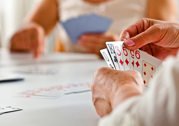 5 Senior Health Benefits of Playing Cards