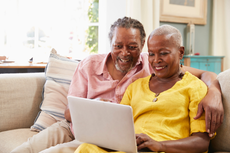 5 Benefits of Technology Usage for Seniors