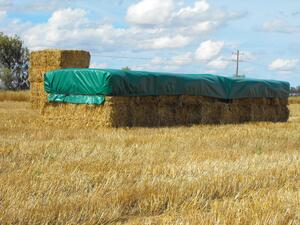 How to Fit your Ratch.e.tarp® Hay Tarpaulin