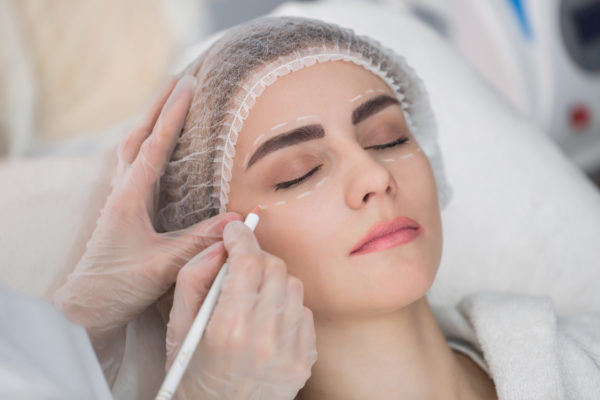 Effectively Selecting an Answering Service for Your Cosmetic Practice