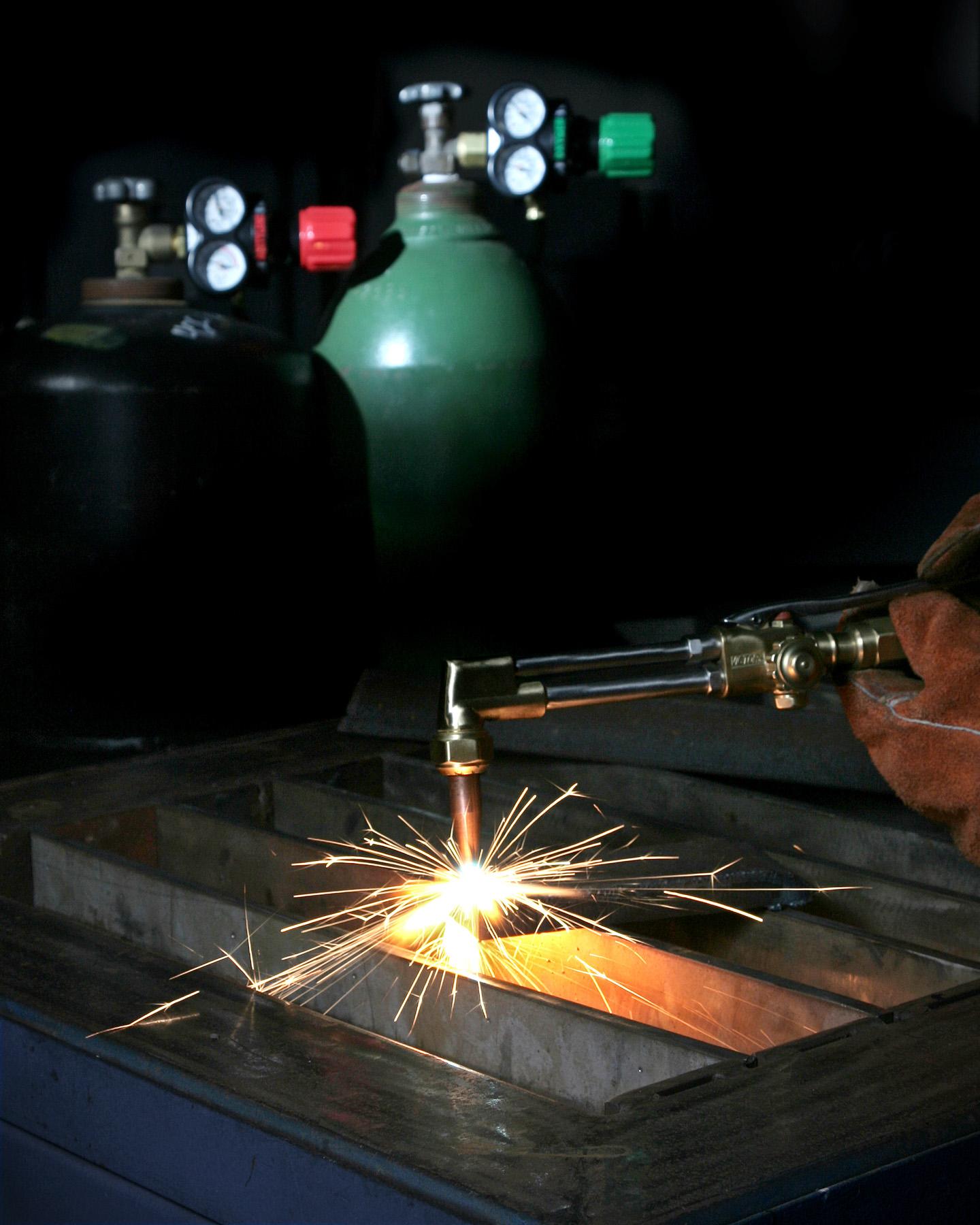 GasApparatus-Regulators,flometer,torches...