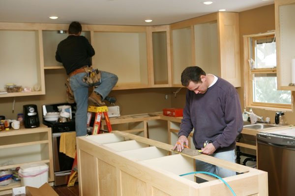 Installing new kitchen for Do it yourself home renovation