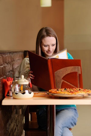 college student eating habits leave much Being a college student, there are many bad practices that i notice among the school populous on a day to day basis some of these bad habits students adopt.