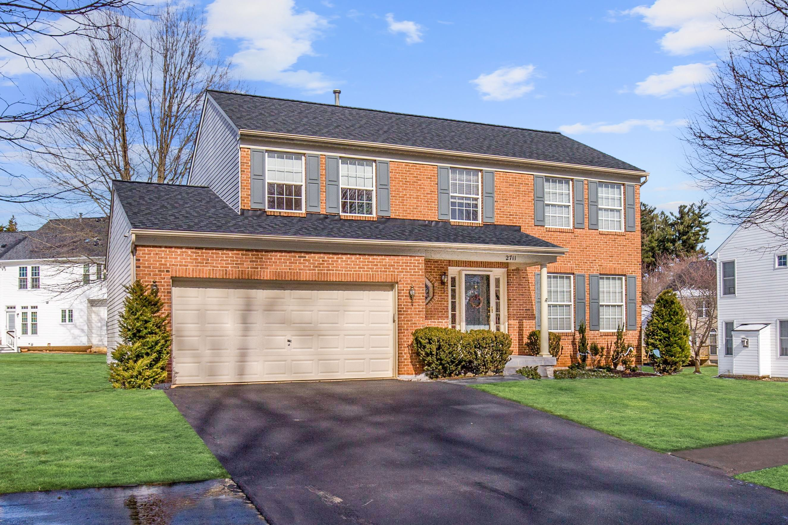 PRICE REDUCED: Spacious And Light-Filled Colonial In Manor Oaks