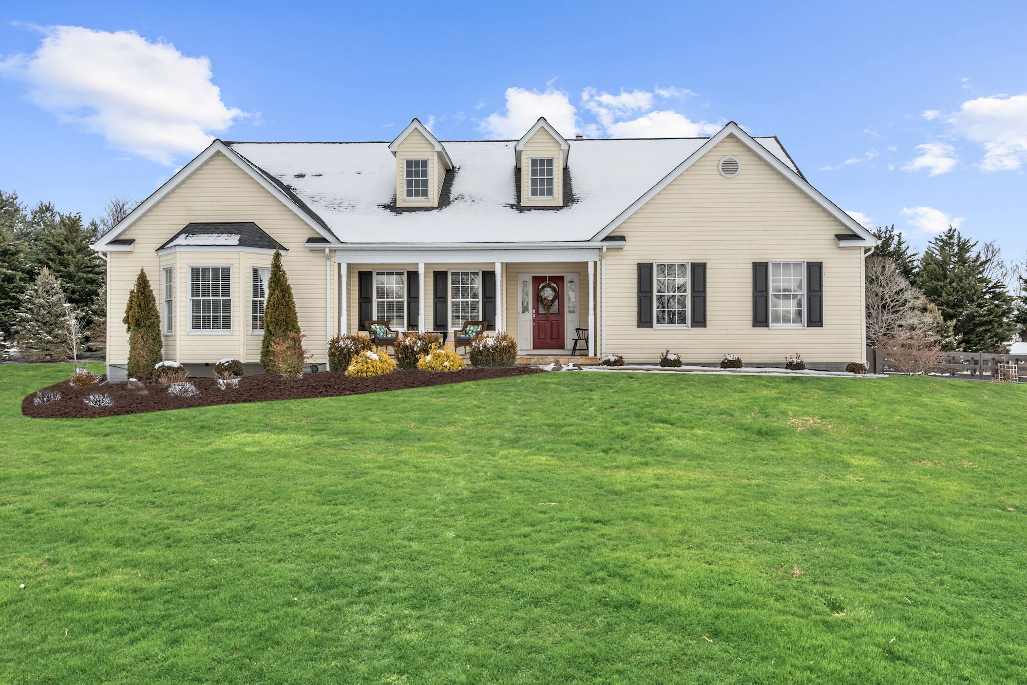 NEW LISTING: Gorgeously Renovated 4 BD At Base of the Blue Ridge Mountains
