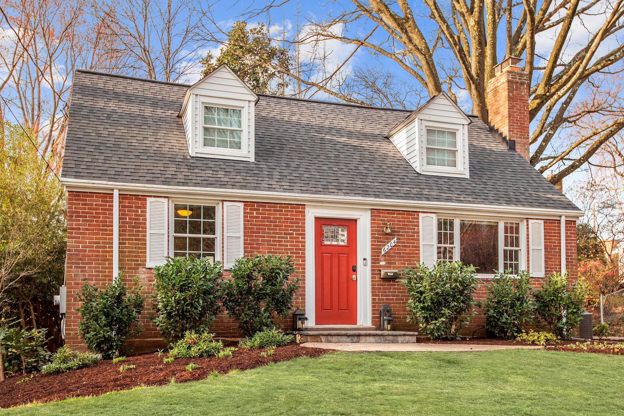 NEW LISTING: Expanded and Renovated Single Family Home in Prime Bethesda,MD Location