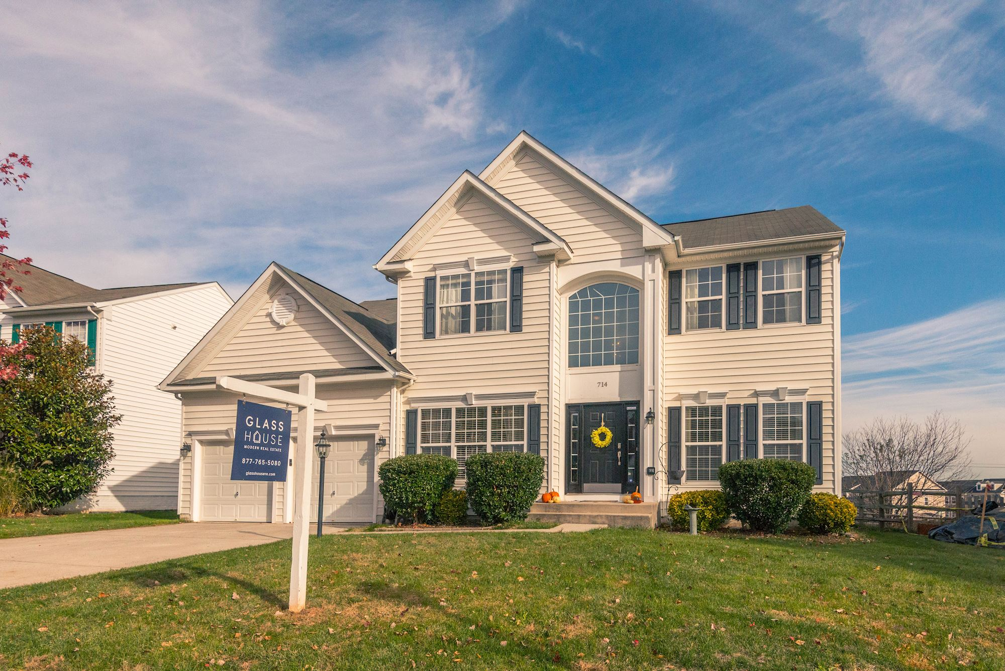 "NEW LISTING: 5 BD ""Oregon"" Model Home in Potomac Station, Leesburg VA"