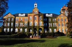 Colleges requiring essay for admission