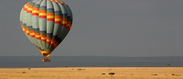 Africa 5 - 600x260 balloon-safari.jpg