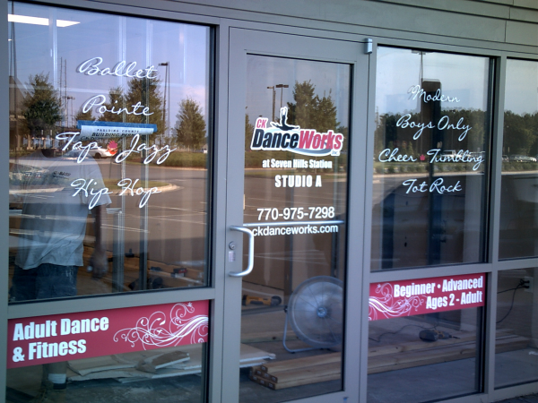 Window Graphics Signs Amp More Inc