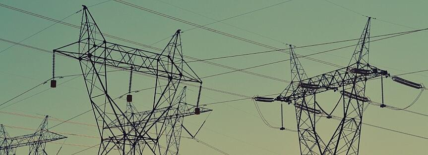 3 Ways Public Utilities Benefit from Contract Management Software