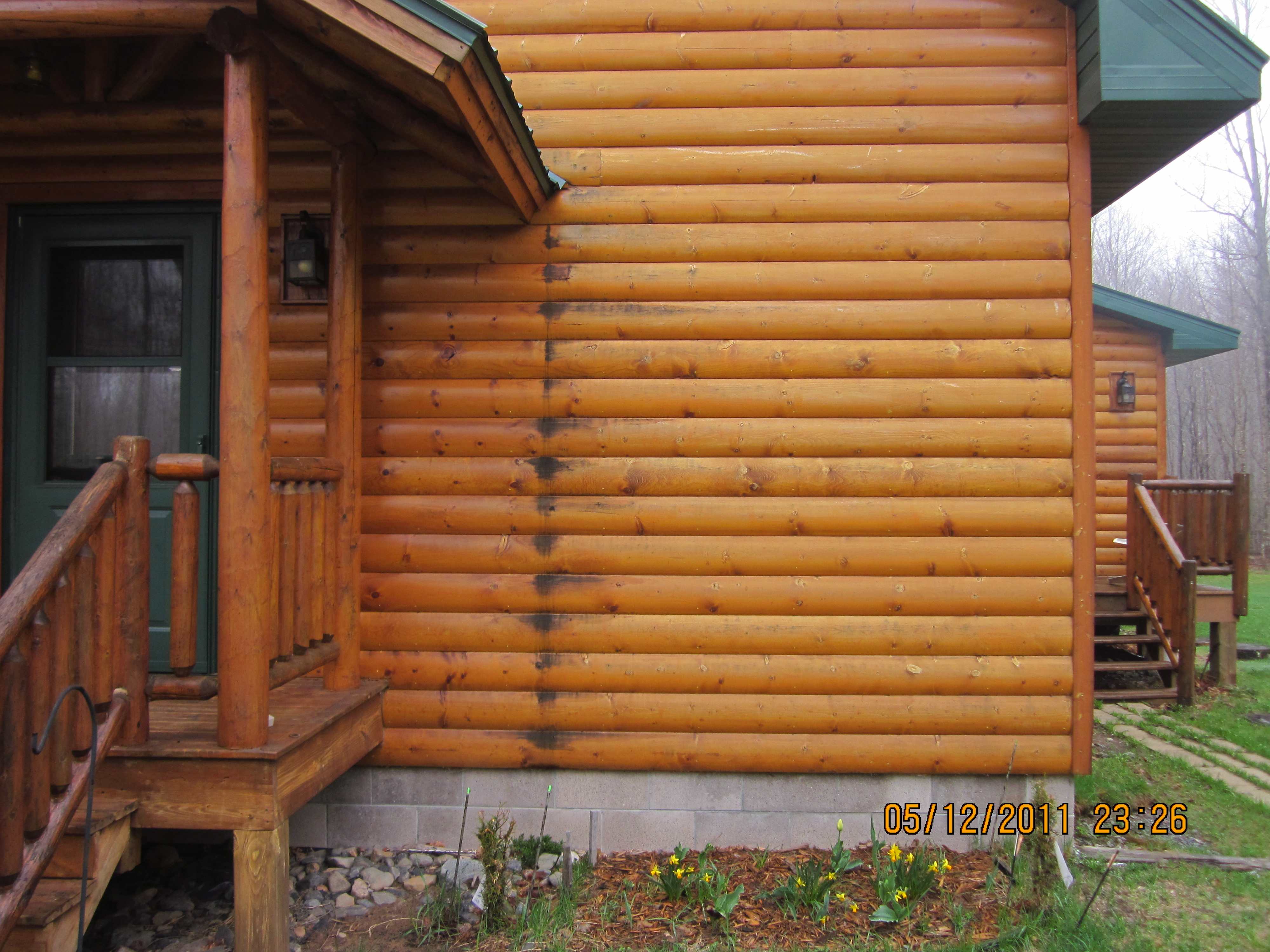 characteristics of a quality log home stain