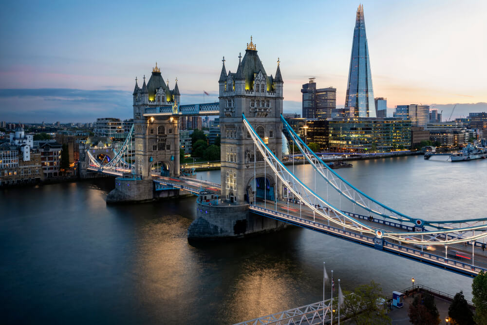 Forecast expands to UK with a new office in London