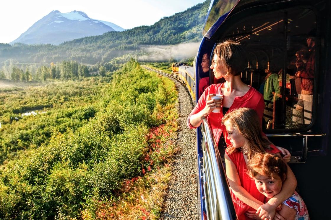 Alaska Railroad - GoldStar Viewing Platform-2