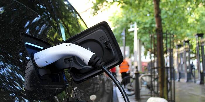 Why Should Small Cities Support Electric Vehicles?