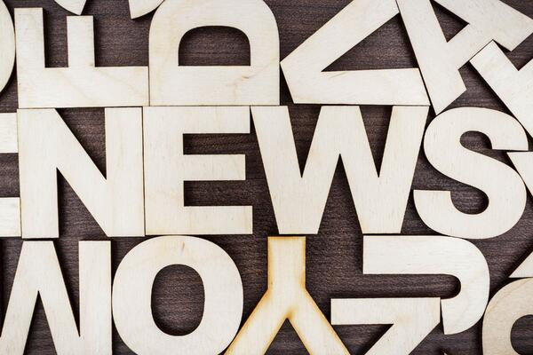news-concept-PEYLCA2