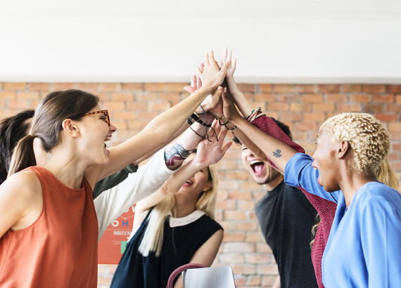 teamwork-power-successful-meeting-workplace-PW6UAZ4-1