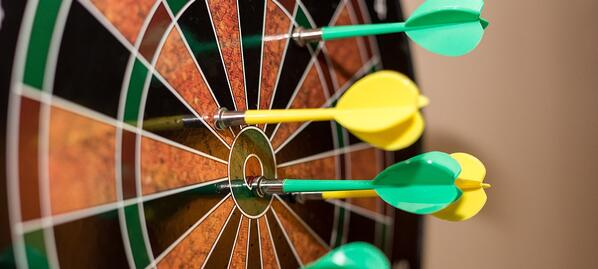 green-and-yellow-darts-on-brown-black-green-and-red-695266