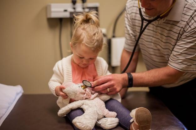 MapleGrove_Interior_doctor-and-child