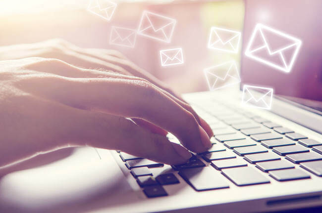 Finding the Best Email Client: Webmail vs. Desktop Providers