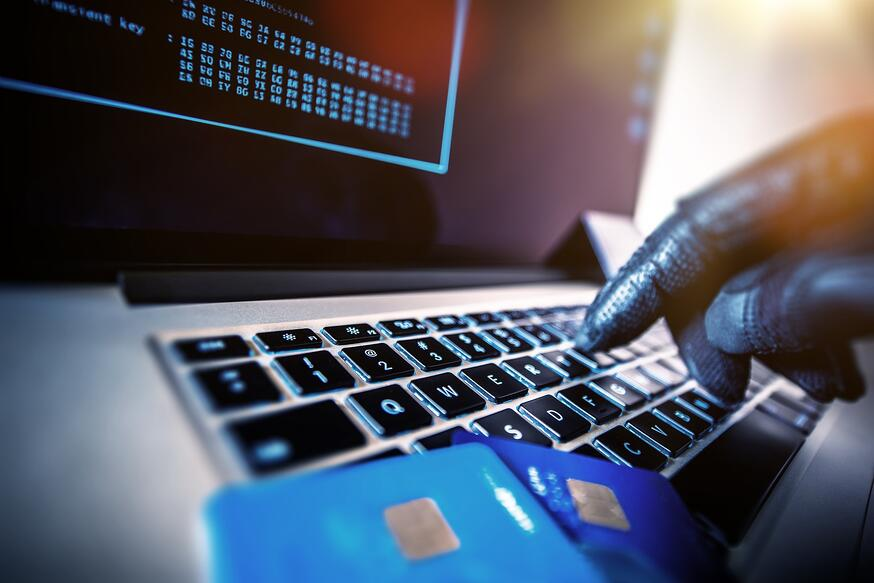 8 Identity Theft Protection Tips for Holiday Shopping