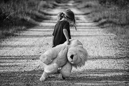 child-wandering-autism.jpg